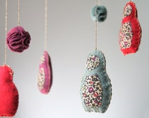 Mobile Matriochkas in wool felt