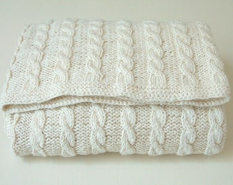 pdf KNITTING PATTERNS baby blanket - classic cable blanket - instant download