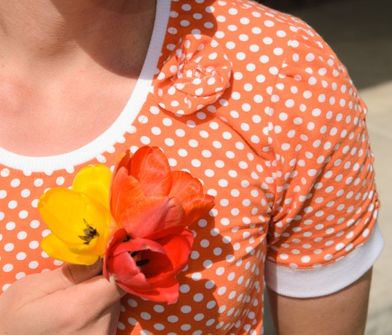 Women's Floral Scoop T-Shirt Sewing Pattern