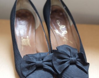 Original 50s Vintage Joseph La Rose Silk Crimp Heels