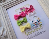 INFANT HAIR BOW - Set of 6 - Traditional Colorful Velcro Mini Hair Bows - cute hair bows for Newborn Baby Infant Fine Hair