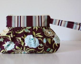 Zip & Go Wristlet / Amy Butler Fabric