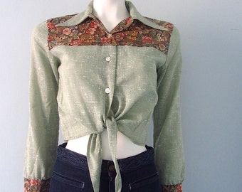 Vintage 70s Cropped Tie Front Cute Country Boho Western Shirt