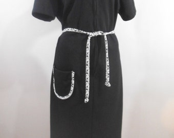 60s Flutterbye Shift Dress Black White Mod Go Go Knit Size Large LGE Textured Polyester