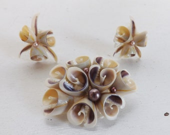 Vintage sea shell art pin or brooch and earrings set brown and ivory cream demi parure beach bride wedding