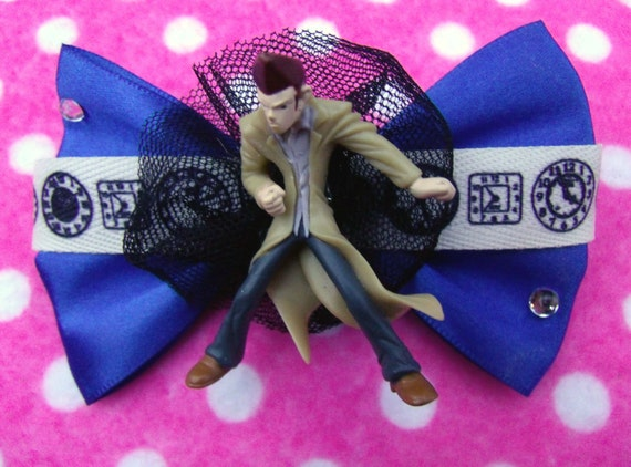 Dr Who Time Traveler Hair Bow Brooch