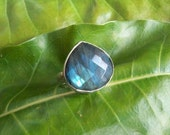 Natural Labradorite Ring - Bezel set ring - Gemstone ring - Sterling silver ring - Triangle ring - Gift for her