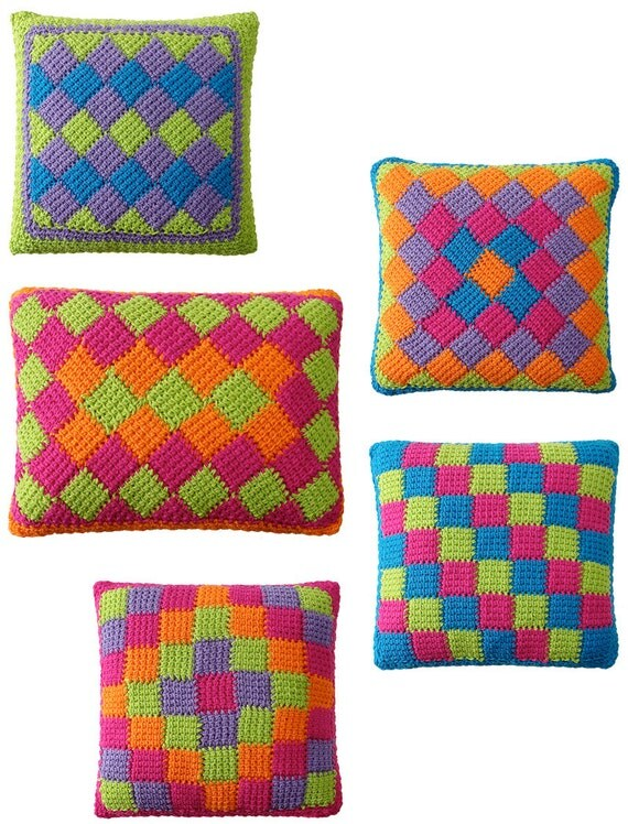 Crochet Stitches For Pillows : Easy Entrelac Tunisian Crochet Pillows pdf Pattern