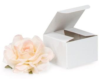 10 White Gloss Gift Boxes . 3x3x2