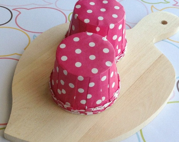 50 Polka Dots Hot Pink Baking Cups