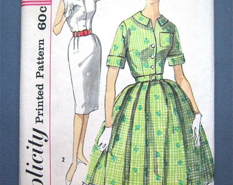 Simplicity  3486 Vintage 1950s OnePiece Dress Pattern Slim Skirt Wiggle Dress Front Button Bust 33 inches