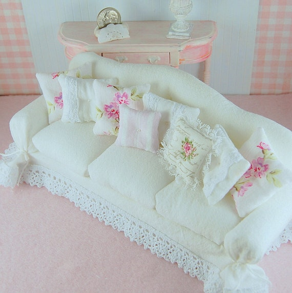 dollhouse shabby chic white wrinkle curve back slipcover sofa. Black Bedroom Furniture Sets. Home Design Ideas