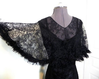 Vintage Edwardian 1900s Dress - Stunning Antique Beauty Vintage Lace and Silk Edwardian Evening Gown - on sale