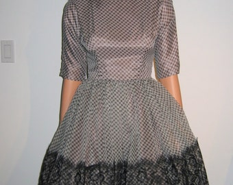 Vintage 50's Full skirt Gingham Chiffon and lace Dress, Rockabilly BOHO swing full skirt Dress. Mad men.