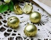 5pcs 17mm Raw Brass Globe Brass Ball Locket Pendants /Charms (ZL09)