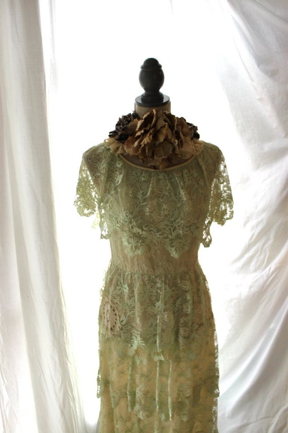 Vintage wedding dress rustic prairie ruffle dress shabby for Rustic vintage wedding dresses