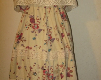 Vtg 70s Boho Tan Floral Print Off Shoulder Lace Edged Tiered Empire Waist Ruffle A-line Sun Dress
