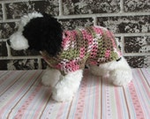 Dog sweaterin pink camo, xs dog sweater, small dog sweater, pink camo dog sweater. sweater for small pets, crochet dog sweater.