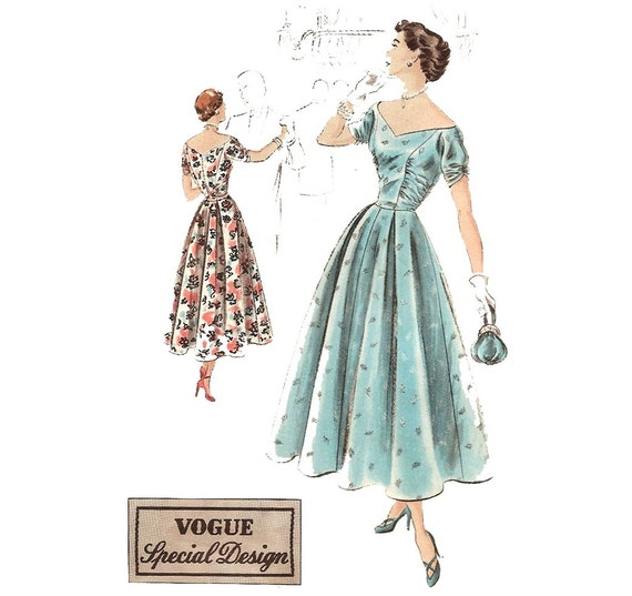 1940s Womens Evening Dress - Vogue Special Design S-4983 Vintage Sewing Pattern - Bust 32 Size 14