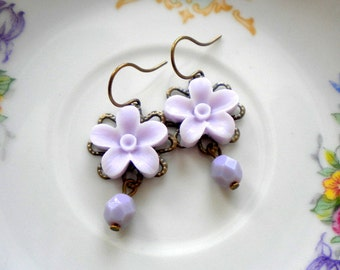Lavender Earrings Flower Earrings Pastel Jewelry Lavender Wedding Jewelry Pastel Earrings Flower Dangle Earrings Romantic Jewelry