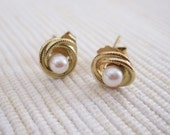 VINTAGE Pearl Lover's Knot Earrings in 14K Yellow Gold