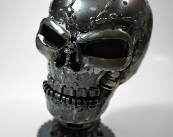Recycled Metal Mini Skull (small item)