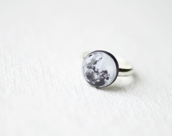 Full Moon Ring - Astronomy jewelry - Space