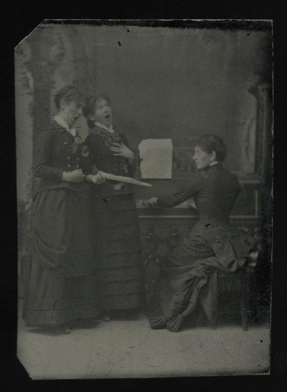 Fun Antique Tintype Photo / Teen Girls Sing at Piano / Music Instrument Interest