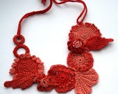 Crochet flowers necklace pure cotton, nude and orange - freeform - Handmade in France