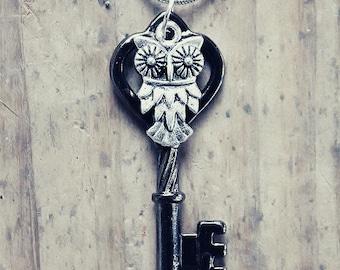 Vintage Gunmetal Owl Key Charm Necklace