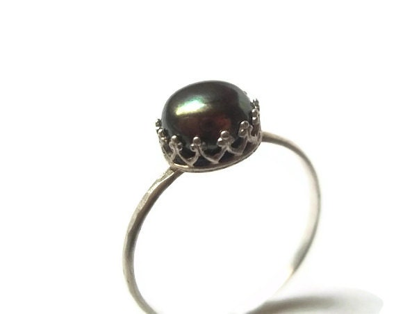 Black Pearl Ring, Hammered Sterling Silver Ring, Handforged, 8mm Peacock Pearl