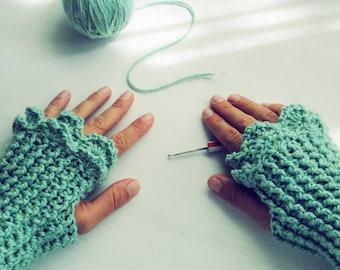 Crochet Pattern Fingerless Mittens Grace PDF - beginners PHOTO TUTORIAL  - woman warm accessory gloves - Instant Download