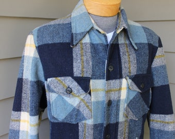 vintage -Sears- 60's - 70's Men's Heavy Shirt Jacket. Fuzzy Blue plaid with Blue sherpa lining. 42 Regular