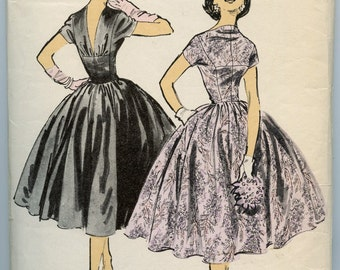 1950s Vintage Sewing Pattern Advance 7914 by American Designer Anne Fogarty Misses' V Back Cocktail Party Dress Full Circle Skirt Bust 32