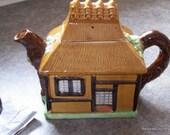 Uchi Tea Pot