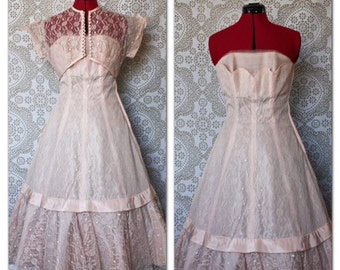 Vintage 1950's Pale Pink Tulle and Lace Prom Dress with Matching Bolero and Petal Bust S/M