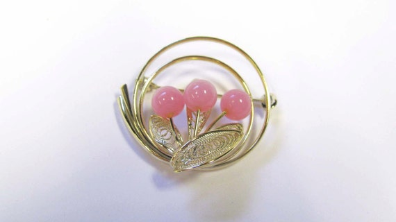 Vintage Pink Beaded Circular Brooch, Pink Flower Brooch, Gold tone Pink Brooch