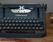 Vintage Underwood Typewriter, Manual, Portable, DeLux Leader Model