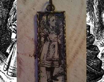 """TREASURY ITEM: Black and White """"Through the Looking Glass"""" Alice Pendant"""