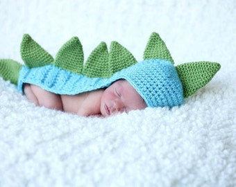 Crochet Dinosaur Tail Dragon Hat with Tail Dinosaur Hat with Tail and Spikes Dragon Tail Spikes Newborn Photo Prop Shower Gift