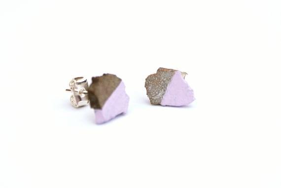https://www.etsy.com/uk/listing/122136362/purple-dinosaur-fossil-earrings-natural