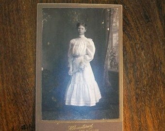 Antique Cabinet Card Photograph 1800s Victorian Girl 6.5 x 4.25