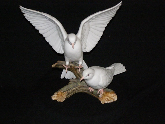 Reservedvintage doves masterpiece porcelain by homco 1985 for Home interior masterpiece figurines