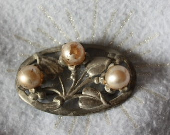 Vintage signed Paul Sargent ornate silver brooch with with beads.