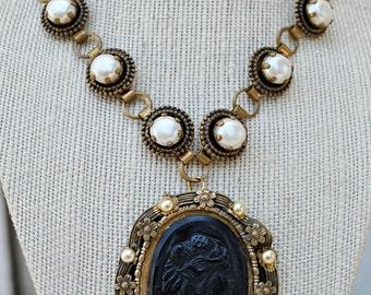 VINTAGE big pearl BLACK CAMEO necklace