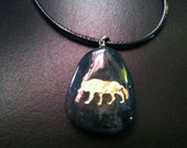 Dark Green Stone Rope Pendant with Etched Gold Wolf