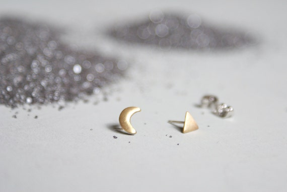 Moon / Triangle stud - asymmetrical post earrings