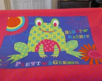 Very cute , Large size, Frog fleece blanket, soft & bright...RIBBIT RIBBIT