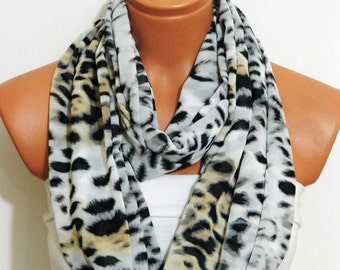 Infinity Scarf ,Leopard scarf,caramel, black.white.leopard pattern pchiffon fabric  Loop Infinity Scarves. Circle Scarf ,Womens Accessories.