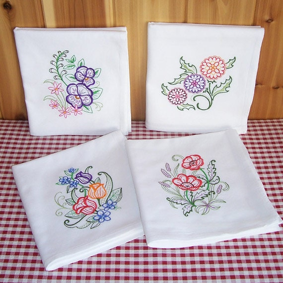 Embroidered Set Of Floral Kitchen Towels Tulips Pansies